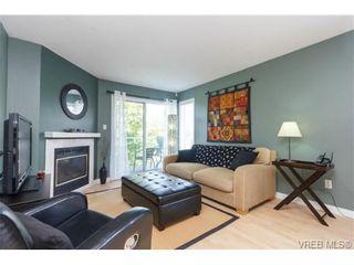 Photo 2: 302 1039 Caledonia Ave in VICTORIA: Vi Central Park Condo for sale (Victoria)  : MLS®# 710816