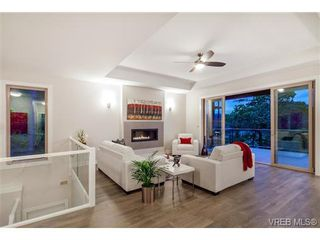 Photo 6: 114 1177 Deerview Pl in VICTORIA: La Bear Mountain House for sale (Langford)  : MLS®# 684098