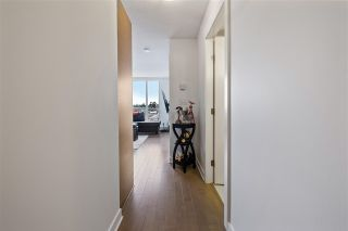 """Photo 9: 1311 10777 UNIVERSITY Drive in Surrey: Whalley Condo for sale in """"CITY POINT"""" (North Surrey)  : MLS®# R2537926"""