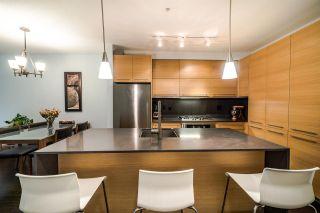 """Photo 10: 201 2020 W 12TH Avenue in Vancouver: Kitsilano Condo for sale in """"2020"""" (Vancouver West)  : MLS®# R2526029"""