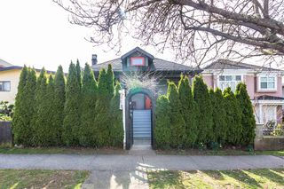 Photo 2: 636 E 50TH Avenue in Vancouver: South Vancouver House for sale (Vancouver East)  : MLS®# R2585820