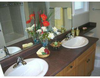 Photo 7: 9408 DIXON AV in Richmond: 52 Garden City House for sale : MLS®# V588354