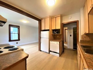 Photo 8: 818 B Avenue North in Saskatoon: Caswell Hill Residential for sale : MLS®# SK864184