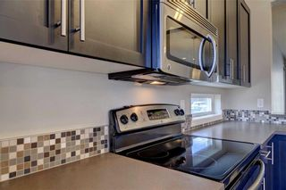 Photo 10: 89 CHAPALINA Square SE in Calgary: Chaparral Row/Townhouse for sale : MLS®# C4214901