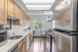 """Photo 9: 315 3080 LONSDALE Avenue in North Vancouver: Upper Lonsdale Condo for sale in """"Kingsview Manor"""" : MLS®# R2553100"""