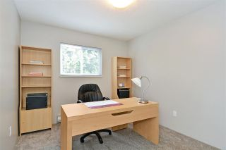 Photo 13: 15956 20 Avenue in Surrey: King George Corridor 1/2 Duplex for sale (South Surrey White Rock)  : MLS®# R2386737