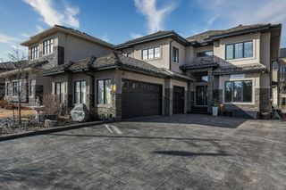 Photo 1: 4012 MACTAGGART Drive in Edmonton: Zone 14 House for sale : MLS®# E4236735