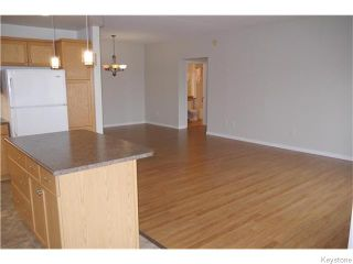 Photo 4: 270 Fairhaven Road in Winnipeg: Linden Woods Condominium for sale (1M)  : MLS®# 1625507