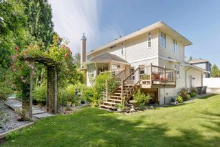 """Photo 2: 7464 149A Street in Surrey: East Newton House for sale in """"CHIMNEY HILLS"""" : MLS®# R2602309"""