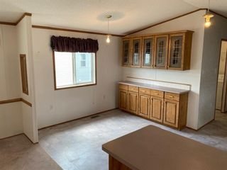 Photo 6: 105 Glasgow Street: Blackie Mobile for sale : MLS®# A1123734