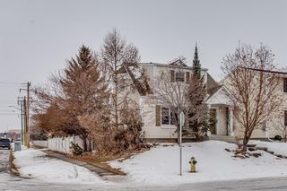 Photo 2: 4727 21A Street SW in Calgary: Garrison Woods Detached for sale : MLS®# A1092290
