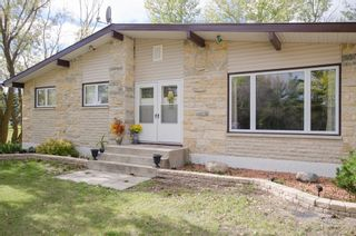 Photo 3: 151 McCaughan Road in St Francis Xavier: Rosser / Meadows / St. Francois Xavier Single Family Detached for sale : MLS®# 1425476