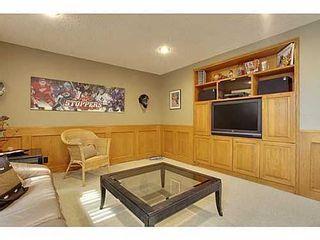 Photo 13: 6135 LONGMOOR Way SW in Calgary: Bi-Level for sale : MLS®# C3584023