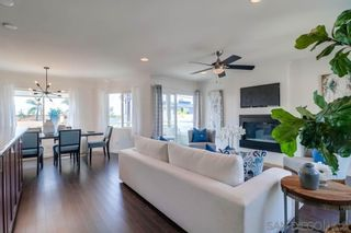 Photo 9: PACIFIC BEACH House for sale : 3 bedrooms : 1653 Chalcedony St in San Diego