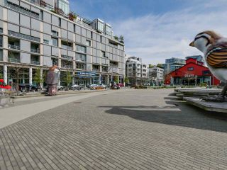 """Photo 15: 221 1783 MANITOBA Street in Vancouver: False Creek Condo for sale in """"Residences at West"""" (Vancouver West)  : MLS®# R2055907"""
