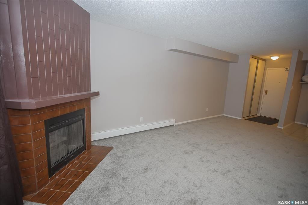 Photo 6: Photos: 101 411 Tait Court in Saskatoon: Wildwood Residential for sale : MLS®# SK834232