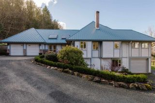 Photo 1: 41056 BELROSE Road in Abbotsford: Sumas Prairie House for sale : MLS®# R2039455