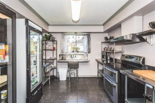 Photo 4: 2821 ST. CATHERINE Street in Port Coquitlam: Glenwood PQ House for sale : MLS®# R2170295
