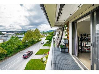 """Photo 25: 302 306 W 1ST Street in North Vancouver: Lower Lonsdale Condo for sale in """"LA VIVA"""" : MLS®# R2577061"""