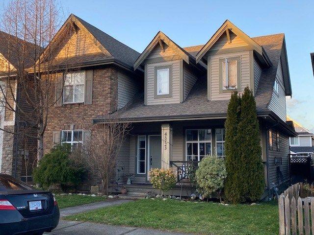 "Main Photo: 45723 SAFFLOWER Crescent in Chilliwack: Sardis East Vedder Rd House for sale in ""Higginson Gardens"" (Sardis)  : MLS®# R2529214"