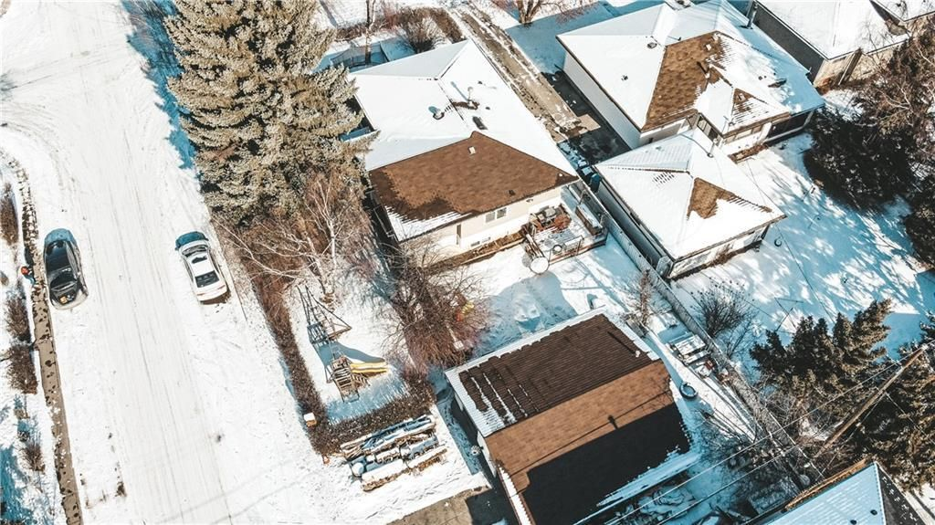 Main Photo: 2616 4 Street NE in Calgary: Winston Heights/Mountview Detached for sale : MLS®# A1058604