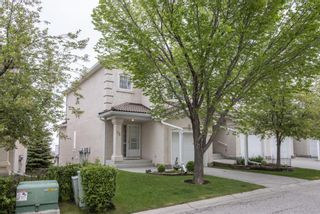 Photo 3: 72 Hamptons Link in Calgary: Hamptons Row/Townhouse for sale : MLS®# A1118682