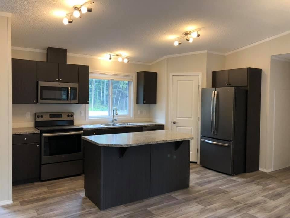 Photo 3: Photos: 8369 CANTLE Drive in Prince George: Western Acres Manufactured Home for sale (PG City South (Zone 74))  : MLS®# R2528020