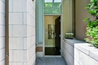 """Photo 27: 1061 RICHARDS Street in Vancouver: Downtown VW Townhouse for sale in """"Donovan"""" (Vancouver West)  : MLS®# R2460503"""