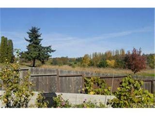 Photo 9:  in VICTORIA: Vi Mayfair House for sale (Victoria)  : MLS®# 450931