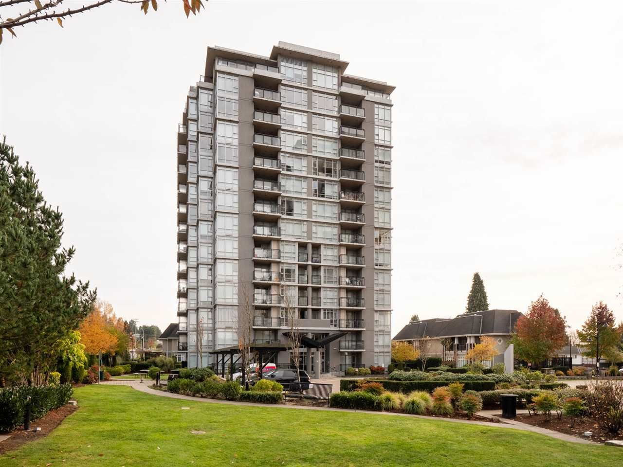 "Main Photo: 305 575 DELESTRE Avenue in Coquitlam: Coquitlam West Condo for sale in ""Cora"" : MLS®# R2336429"