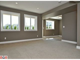 Photo 9: 8108 211TH Street in Langley: Willoughby Heights Home for sale ()  : MLS®# F1204222
