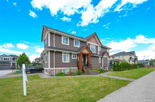 """Photo 3: 23997 120B Avenue in Maple Ridge: East Central House for sale in """"ACADEMY COURT"""" : MLS®# R2591343"""