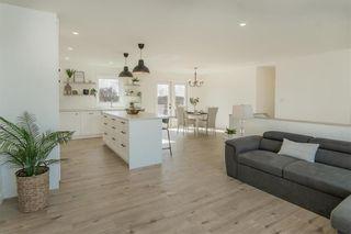 Photo 6: 38 Zacharias Drive in Rosenort: R17 Residential for sale : MLS®# 202105446