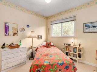 "Photo 16: 5019 57 Street in Delta: Hawthorne Townhouse for sale in ""GREEN ROAD VILLAGE"" (Ladner)  : MLS®# R2618138"