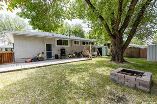 Photo 3: 13 Ling Street in Saskatoon: Greystone Heights Residential for sale : MLS®# SK859307