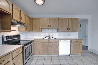 Photo 9: 3 Bedford Manor NE in Calgary: Beddington Heights Row/Townhouse for sale : MLS®# A1134709