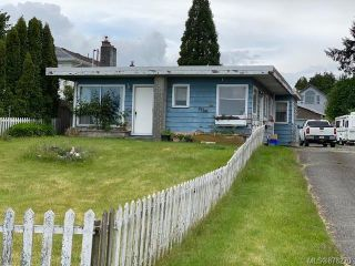 Photo 1: 1984 S Island Hwy in : CR Willow Point House for sale (Campbell River)  : MLS®# 878270