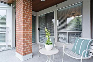 """Photo 9: 208 2288 W 12TH Avenue in Vancouver: Kitsilano Condo for sale in """"Connaught Point"""" (Vancouver West)  : MLS®# R2479239"""