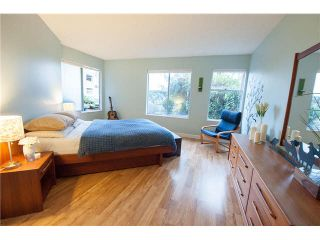 """Photo 7: 408 65 FIRST Street in New Westminster: Downtown NW Condo for sale in """"KINNAIRD PLACE"""" : MLS®# V1104914"""
