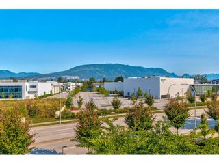 """Photo 6: 312 2307 RANGER Lane in Port Coquitlam: Riverwood Condo for sale in """"Freemont Green South"""" : MLS®# R2495447"""
