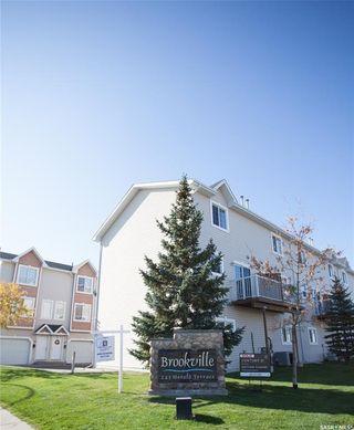 Photo 2: 14 243 Herold Terrace in Saskatoon: Lakewood S.C. Residential for sale : MLS®# SK873679