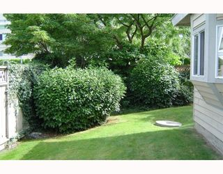 """Photo 9: 36 8551 GENERAL CURRIE Road in Richmond: Brighouse South Townhouse for sale in """"THE CRESCENT"""" : MLS®# V751217"""