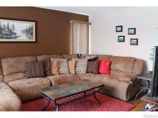 Photo 7: 23 Sherbo Cove in Winnipeg: Transcona Residential for sale (North East Winnipeg)  : MLS®# 1603442