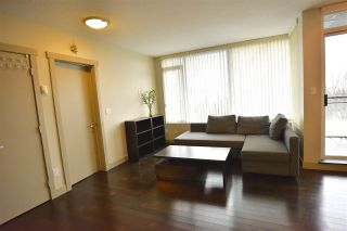 """Photo 4: 305 9009 CORNERSTONE Mews in Burnaby: Simon Fraser Univer. Condo for sale in """"THE HUB"""" (Burnaby North)  : MLS®# R2422237"""