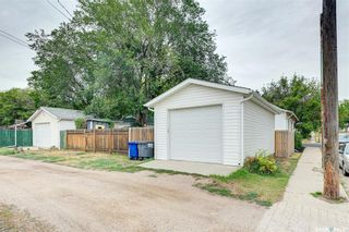 Photo 39: 401 25th Street West in Saskatoon: Caswell Hill Residential for sale : MLS®# SK870173