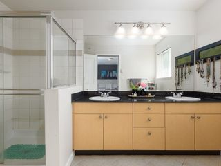 """Photo 15: 10 40632 GOVERNMENT Road in Squamish: Brackendale Townhouse for sale in """"Riverswalk"""" : MLS®# R2620887"""
