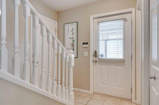Photo 2: 164 SIMCOE Place SW in Calgary: Signal Hill Row/Townhouse for sale : MLS®# C4271503