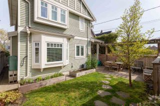 """Photo 16: 1936 ADANAC Street in Vancouver: Hastings 1/2 Duplex for sale in """"Commercial Drive"""" (Vancouver East)  : MLS®# R2259910"""