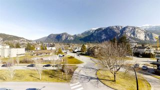 "Photo 15: 402 1203 PEMBERTON Avenue in Squamish: Downtown SQ Condo for sale in ""EAGLE GROVE"" : MLS®# R2553642"