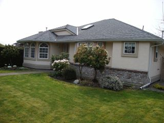 """Photo 2: 19036 64TH Avenue in Surrey: Cloverdale BC House for sale in """"CLAYTON HILL"""" (Cloverdale)  : MLS®# F1409309"""